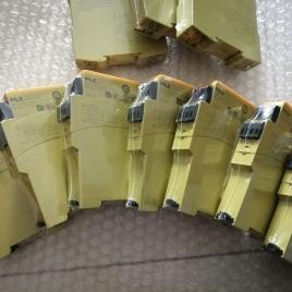 皮尔兹安全继电器 S1PN 400-500VAC 2c/o 890210